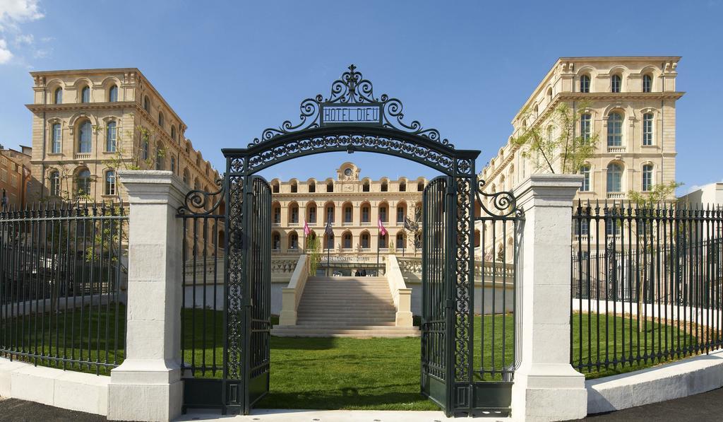 intercontinental-porte